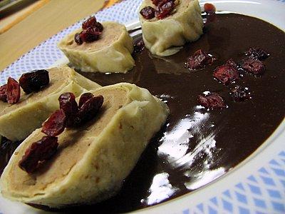 Štruklji de castanha com chocolate
