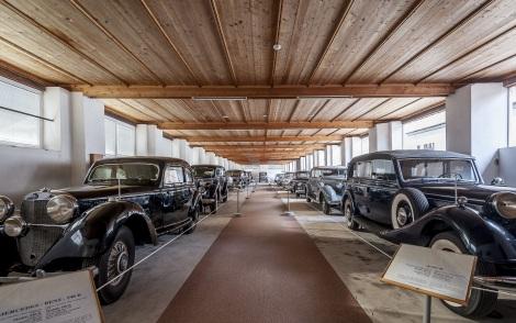 museu carros de tito.jpg